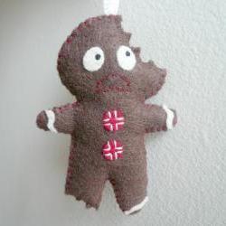Terrified Gingerbread Man - Funny Ornament