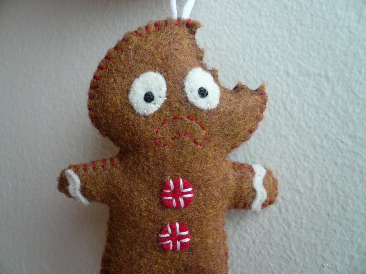 christmas ornaments terrified gingerbread man